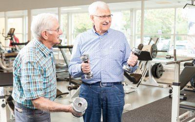 Ouderen fitness, fitness, 60+ fitness, fysiotherapie grave, fysiotherapie Boxmeer, gymnastiek, loopband oefeningen, klachten verminderen, klachten verhelpen, oefentherapie, fysiotherapie